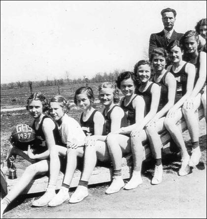 griffithville girls Griffithville is a town in white county, arkansas, united states windle porter is  the current  for every 100 females age 18 and over, there were 930 males.